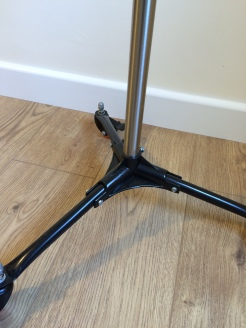 04 Wheel stand base